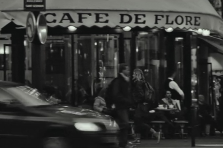 Frances outside Cafe de Flore. I apologize for the image size as it is a screenshot. Image courtesy of netflix.com