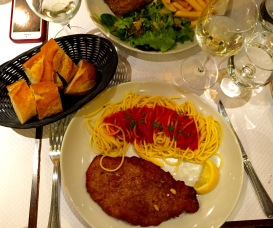 Enjoyed a delicious dish of Chicken Parmesan at Cafe Victoria near the Eiffel Tower one night.